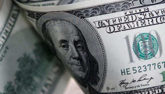 En el mercado paralelo o casas de cambio de Lima, el tipo de cambio se cotizaba a S/3,820 la compra y S/3,860 la venta de cada dólar. (Foto: Reuters)