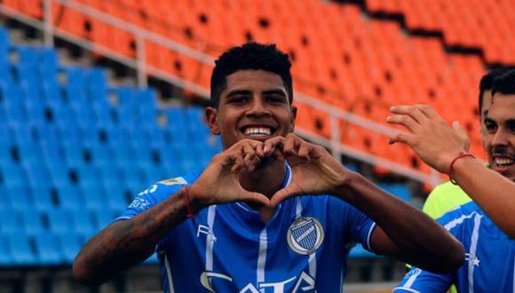 El peruano Wilder Cartagena viene cumpliendo destacadas actuaciones con la camiseta de Godoy Cruz de Argentina | Foto: Facebook / Club Godoy Cruz
