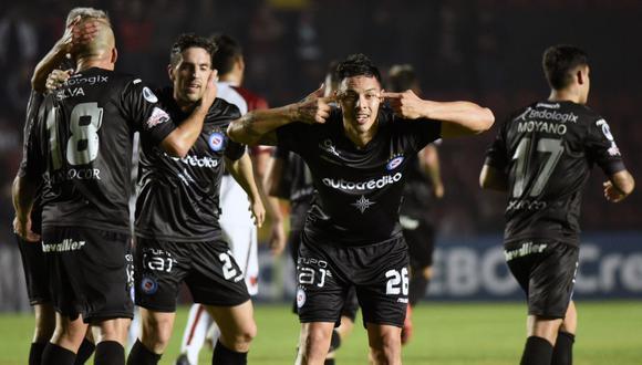 Argentinos Juniors derrotó 1-0 como visitante a Colón de Santa Fe por el partido de ida de los octavos de final de la Copa Sudamericana. (Foto: AFP)