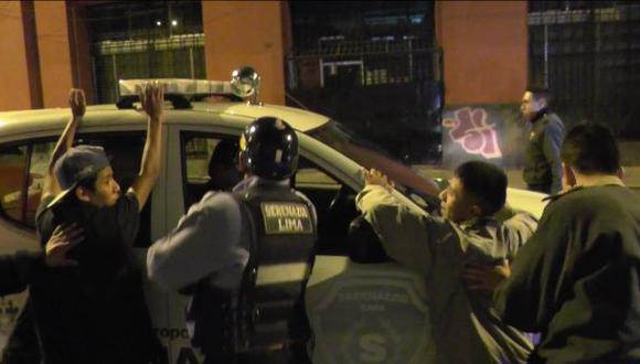 Tres menores de edad fueron detenidos por asalto en el Cercado