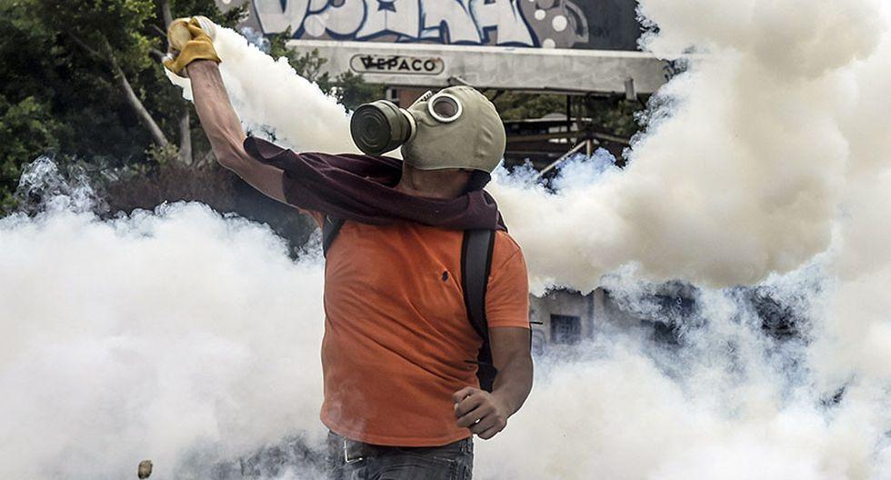 Venezuela: Duros enfrentamientos en calles de Caracas [FOTOS] - 6
