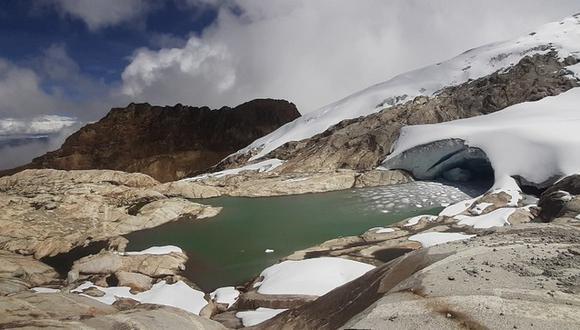 Según los hallazgos, estas nuevas formaciones drenan sus aguas hacia la quebrada de Llaca, atravesando la carretera de acceso a la laguna del mismo nombre.(Foto: Ministerio del Ambiente)
