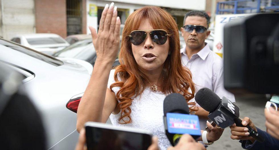 Magaly Medina acudió a comisaria de Santa Felicia para denunciar presunto marcaje a su vivienda. (Foto: Miguel Yovera / GEC)