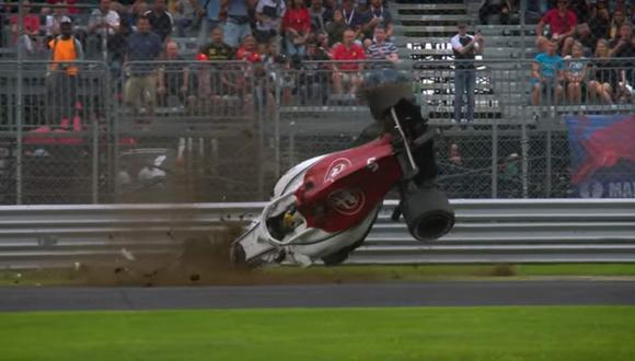 Sucedió durante las prácticas libres previas al Gran Premio de Italia y muestran al piloto Marcus Ericsson perdiendo el control al final de una recta a casi 300 km/h. (YouTube)
