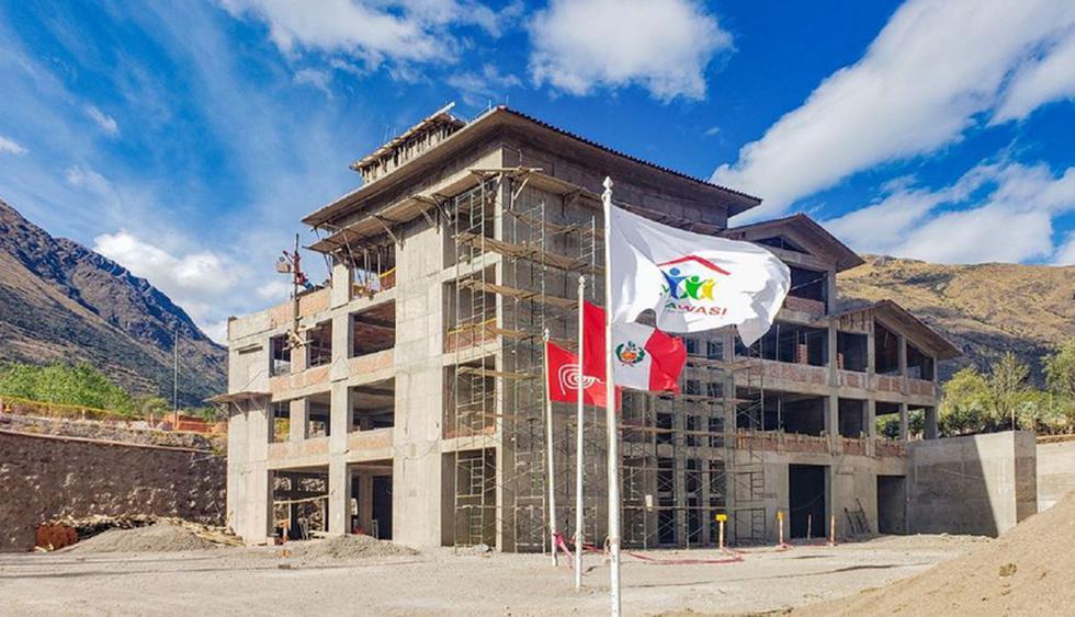 Cienciano y Vidawasi firmaron un convenio que tiene como fin principal, difundir la construcción del primer Hospital de Cáncer Infantil en el Perú y la pronta culminación del pabellón médico. (Foto: Difusión)