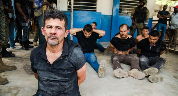 Twenty-six Colombians have been questioned in connection with the crime of the Haitian president, and some speak of torture.  (EFE / Jean-Mark Herv Aballard).
