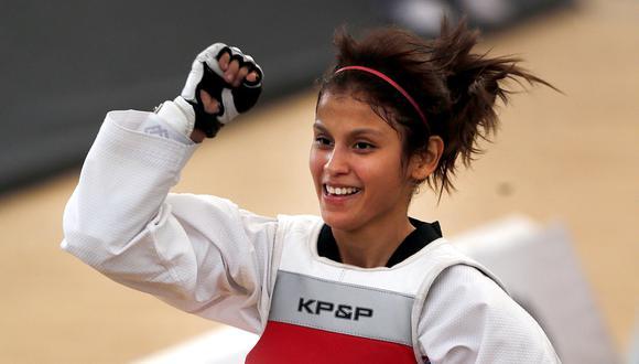 Taekwondista peruana vende rifas para cumplir sueño olímpico