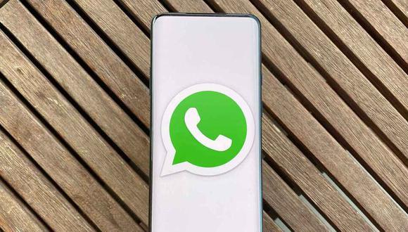 ¿Quieres mandarle un mensaje a mamá o a tu pareja, pero no tienes tiempo para coger el celular? Así puedes lograrlo con tu voz. (Foto: WhatsApp)