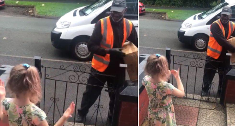 FOTO 1 DE 3 | La niña usa lenguaje de señas para hablar con su amigo el cartero. | Crédito @mummybear1903 en Twitter: (Desliza hacia la izquierda para ver más fotos)