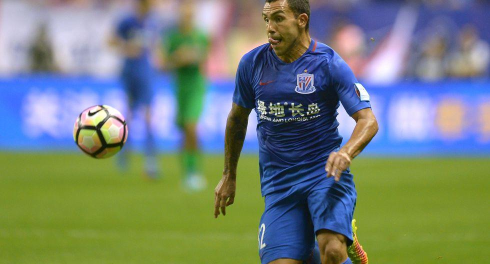 """Wu Xiaohui, titular del Shanghai Shenhua, criticó duramente a Carlos Tevez por su mal desempeño en la Superliga China. """"No cumplió con nuestra expectativas"""", enfatizó. (Foto: AFP)"""