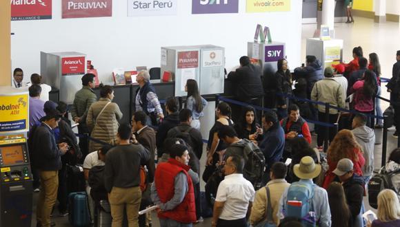 Si el Indecopi inicia un proceso sancionador contra Peruvian Airlines, podría recibir una amonestación o pagar una multa de hasta un millón de soles. (Foto: Miguel Bellido)