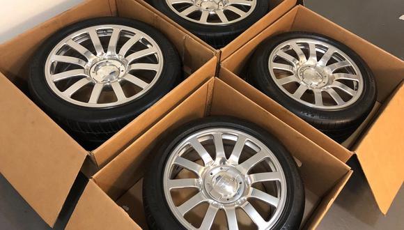 El dueño del Bugatti Veyron asegura que el precio de estos elementos resultan una ganga debido al elevado monto del auto. (Foto: eBay).
