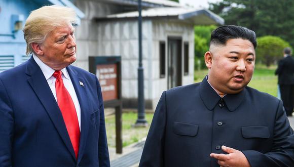 Donald Trump y Kim Jong-un en un histórico encuentro el 30 de junio del 2019. (Foto: Brendan Smialowski / AFP).