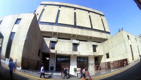 BCR reduce encajes bancarios para impulsar avance del crédito