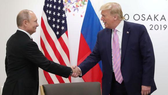El presidente de Rusia, Vladimir Putin, con el presidente de Estados Unidos, Donald Trump, durante una reunión al margen de la cumbre del G20 en Osaka. (Foto: Archivo/ Sputnik / Mikhail Klimentyev / Kremlin /Reuters).
