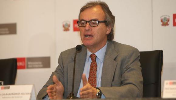 Ministro Carlos Basombrío lamentó censura a Jaime Saavedra