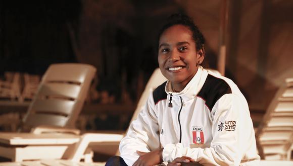 Mafer logró una medalla de plata en Lima 2019 y ha competido en mundiales de longboard. (Foto: GEC)