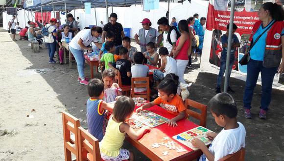 Ministerio de la Mujer ha instalado espacios recreativos para niños afectados por incendio en Iquitos.