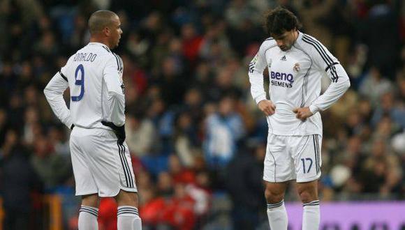 Van Nistelrooy coincidió con Ronaldo y Capello en su primer año en el Madrid. (Foto: AFP)
