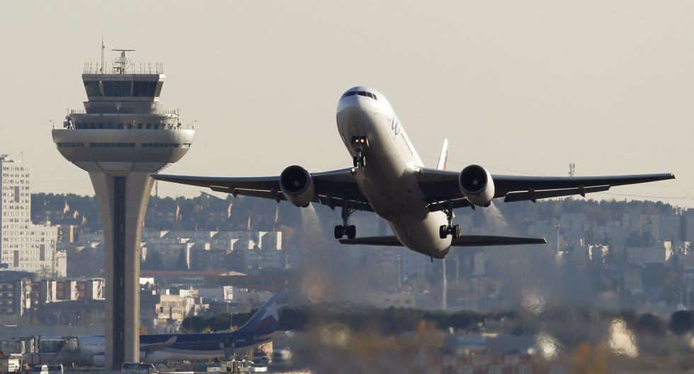 Suspenden vuelos en el aeropuerto Madrid-Barajas por la presencia de drones. (Reuters).