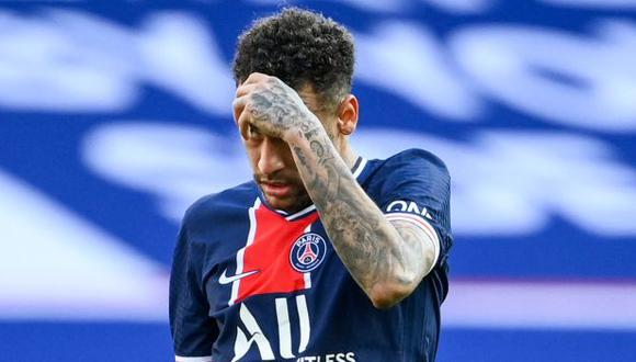Neymar fue expulsado tras doble amonestación en el PSG-Lille. (Foto: AFP)