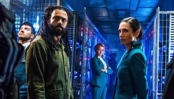 """Daveed Diggs y Jennifer Connelly, protagonistas de la serie """"Snowpiercer""""."""