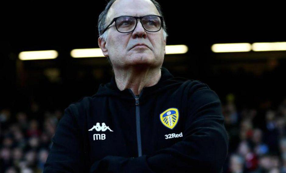Marcelo Bielsa admitió que envió un espía para que observara los entrenamientos de Derby County, ultimo rival de Leeds United. (Foto: AP)