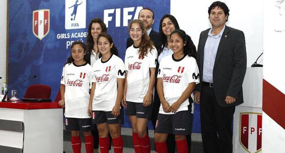 La FIFA busca fomentar el deporte rey. (Foto: Twitter FPF)