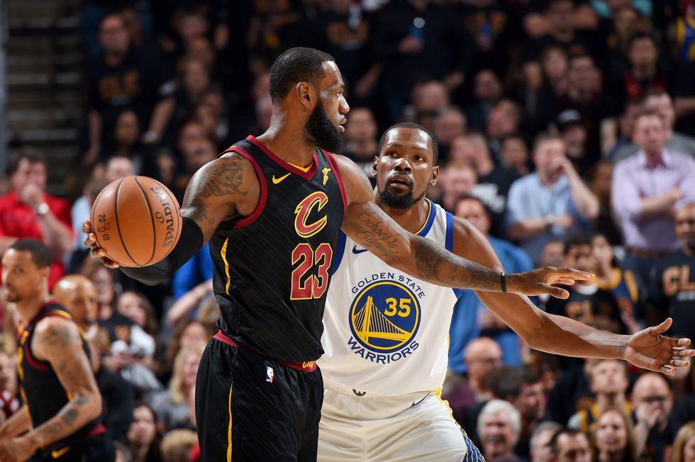 Los Cleveland Cavaliers reciben a los Golden State Warriors este miércoles (8:00 p.m. EN VIVO ONLINE vía ESPN), en el tercer juego de las finales de la NBA. El equipo de Curry lidera 2-0. (Foto: NBA)