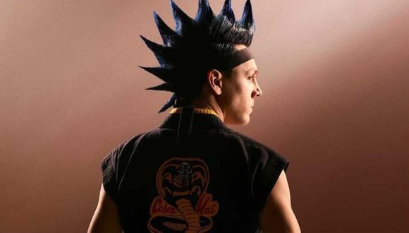 Hawk, personaje interpretado por el actor Jacob Bertrand, comenzó como un marginado tranquilo de la escuela secundaria con pocos amigos y evolucionó hasta convertirse en un experto en karate (Foto: Netflix)