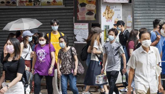 Las empresas y marcas de Hong Kong luchan por mantener sus negocios abiertos debido a el impacto del virus COVID-19 en el turismo, el creciente desempleo, el consumismo y la falta de apoyo gubernamental. (Foto: EFE / EPA / MIGUEL CANDELA).