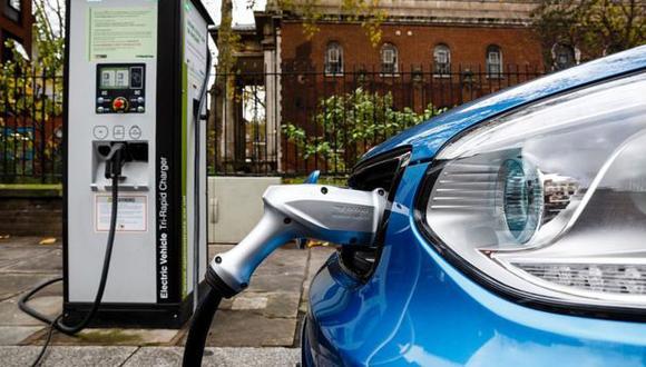 Los autos eléctricos aumentarán la demanda de cobre. (Getty)
