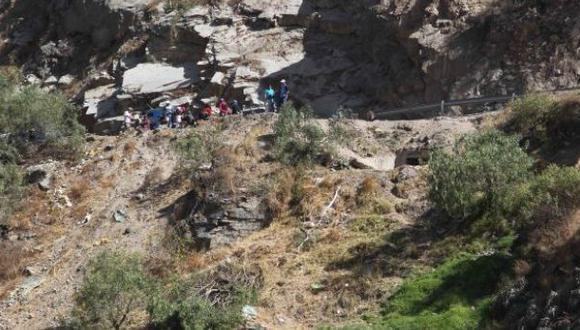Huaral: caída de camión a abismo deja al menos dos fallecidos
