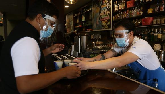 La reactivación de restaurantes es uno de los factores que ayudará a alcanzar el resultado estimado por Produce. (Foto: GEC)