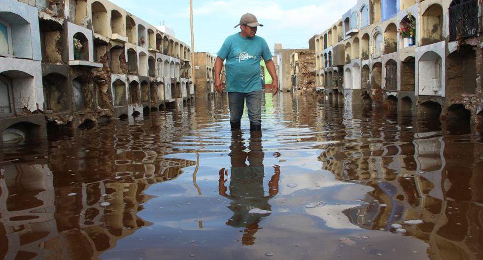 Cementerio de Túcume queda inundado por lluvias y se desploma - 1
