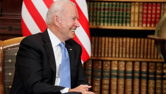 El presidente estadounidense Joe Biden asiste a su reunión con su homólogo ruso Vladimir Putin en la Villa La Grange, en Ginebra, Suiza. (EFE / EPA / MIKHAIL METZEL / SPUTNIK / KREMLIN).