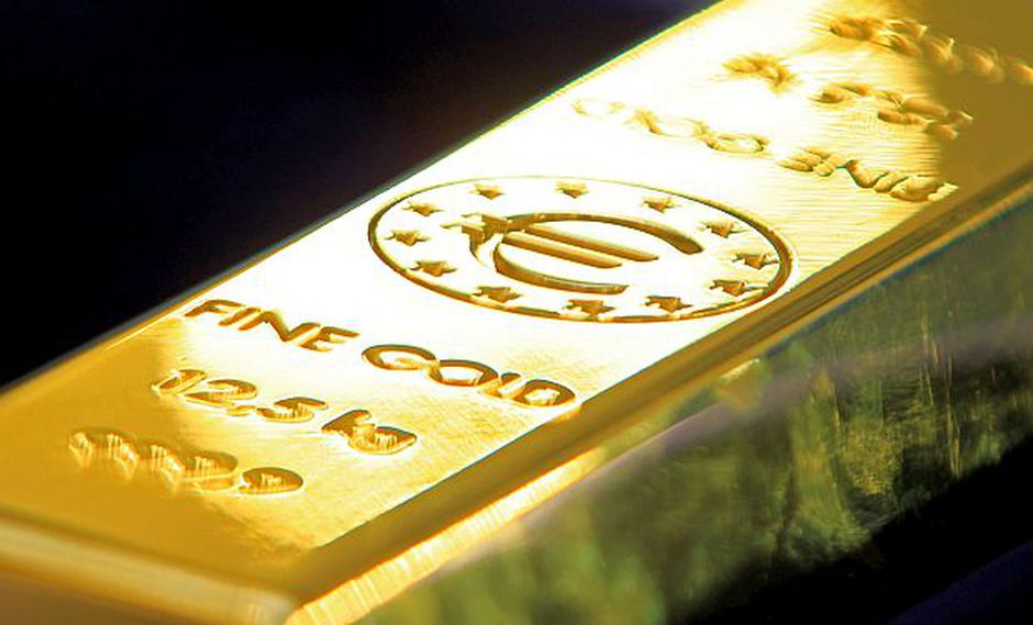 Los futuros del oro en Estados Unidos cotizaban con una alza de 0.2% a US$1,276.20 por onza este jueves. (Foto: Reuters)