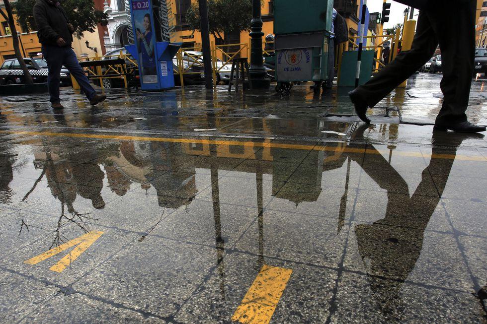 En los últimos días se ha registrado una intensa llovizna en Lima. (Paul Vallejos)