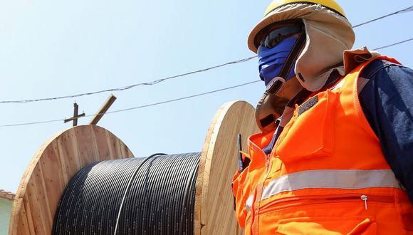 La implementación del Proyecto Regional de Banda Ancha La Libertad empezó el martes con el despliegue de los primeros 1,336 kilómetros de fibra óptica. (Foto: GEC)