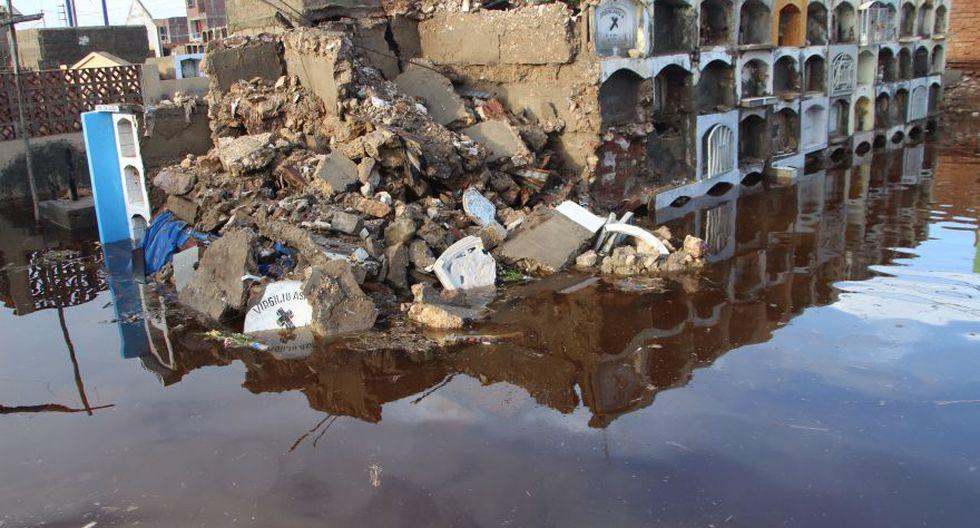 Cementerio de Túcume queda inundado por lluvias y se desploma - 3