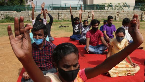 La Asamblea General de las Naciones Unidas adoptó una resolución en diciembre de 2014, en la que declaró el 21 de Junio como el Día Internacional del Yoga. (Foto: Jagadeesh Nv / EFE)