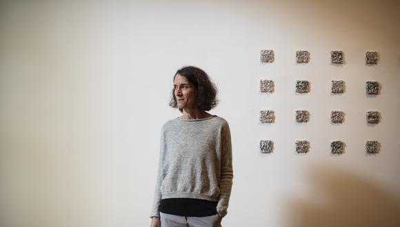 """Fotógrafa Flavia Gandolfo participa en el proyecto De Voz a Voz Perú con una obra titulada """"Detrás"""". FOTO: César Campos."""