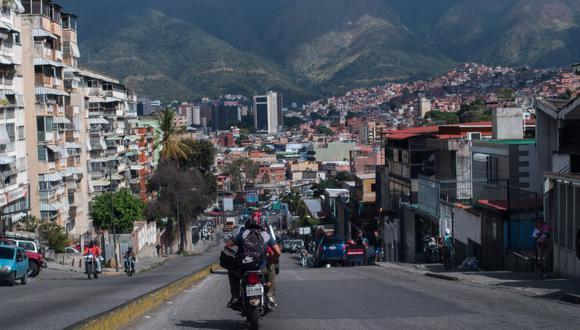 Sepa aquí a cuánto se cotiza el dólar en Venezuela este 13 de enero de 2021. (Foto: AFP)