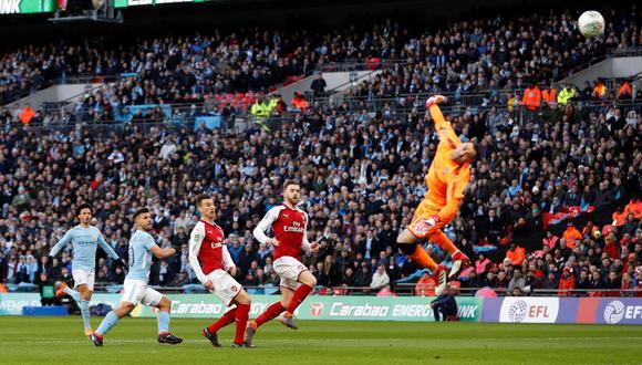 YouTube: Agüero anotó espectacular golazo tras genial asistencia de Bravo. (Foto: AFP)