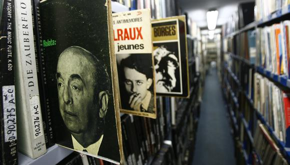 Radio Filarmonía guarda un gran archivo musical, con más de 60 mil títulos en diversos formatos y grabaciones de personajes famosos. Foto: Eduardo Cavero para El Comercio.