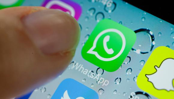 WhatsApp cuenta con varias opciones para ajustar la visibilidad de un usuario con otros contactos. Se puede evitar enviar notificaciones sobre la lectura de un mensaje y la última hora de conexión. Además se puede bloquear la información, la foto de perfil y las actualizaciones de estado. (Getty)