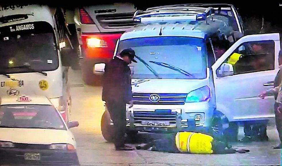 Chofer de colectivo embistió a inspector de seguridad de Ate
