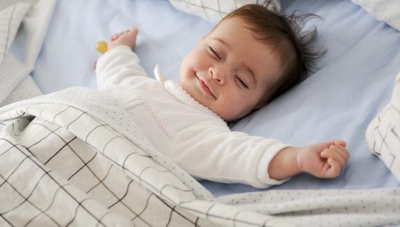 Aprende el método para calmar a tu bebé y que duerma plácidamente durante la temporada de frío. En caso estés gestando, también puedes realizar estos masajes para relajarte. (Foto: Shutterstock)
