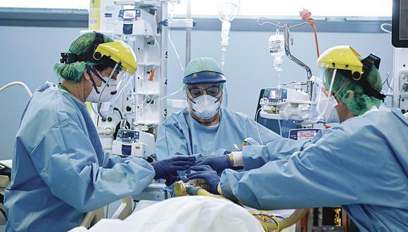 La pandemia del coronavirus nos hace descubrir la importancia de los sistemas de salud pública. Foto: (AFP / Piero CRUCIATTI)