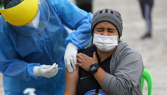 La Universidad Peruana Cayetano Heredia ya ha vacunado a 2.000 voluntarios con la candidata de Sinopharm (China). Todavía no hay acuerdo de venta con este laboratorio (Fernando Sangama/Archivo)